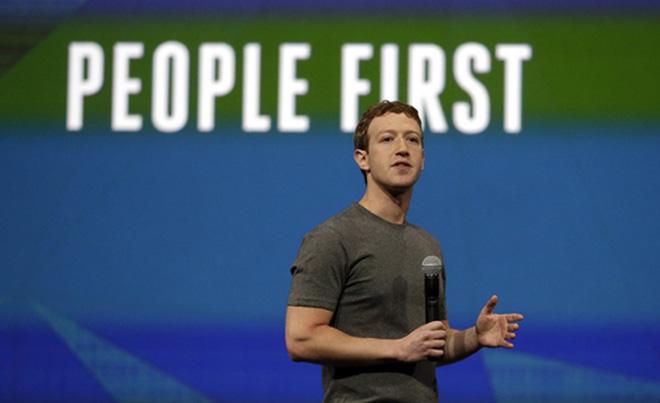 """Công ty tiếp tục phát triển với tôn chỉ """"kết nối thế giới"""" của Zuckerberg từ những ngày đầu thành lập. Trong lá thư gửi nhà đầu tư trong hồ sơ IPO của Facebook, Zuckerberg viết: """"Hãy hiểu một cách đơn giản: chúng ta không xây dựng các dịch vụ để kiếm tiền, mà chúng ta kiếm tiền bằng cách xây dựng dịch vụ ngày càng tốt hơn"""". <br>"""