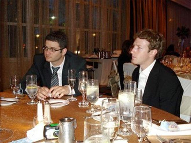 Chỉ trong vòng một tháng, có tới một nửa sinh viên Đại học Harvard là thành viên của TheFacebook. Tháng 3/2004, Thefacebook mở rộng ra các trường đại học Yale, Columbia và Stanford.<br><br>Zuckerberg rủ thêm các bạn học Harvard gồm Dustin Moskovitz, Eduardo Saverin, Andrew McCollum, và Chris Hughes làm nhà đồng sáng lập để giúp quản trị website và biến thành nó thành công ty. <br>