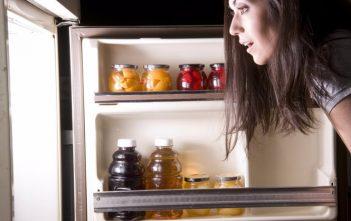 Sẽ sớm đến ngày chiếc tủ lạnh thông minh nhà bạn có thể tự mua sắm thức ăn? /// Ảnh: Shutterstock