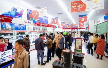 Vingroup chính thức tuyên bố rút khỏi mảng bán lẻ, giải thể VinPro - Ảnh 1.